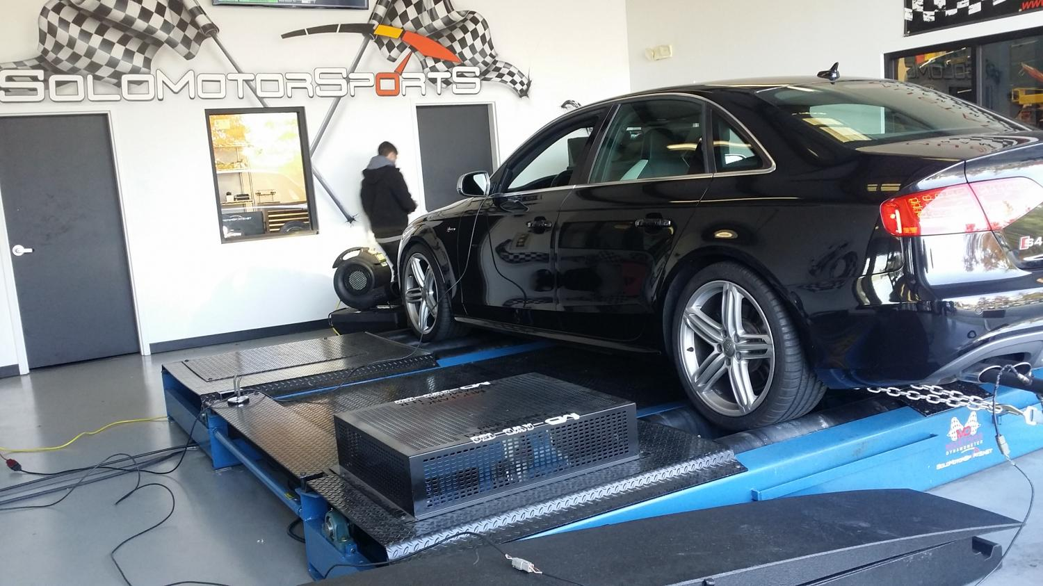 solo motorsports blog 2010 audi s4 b8 custom tuning. Black Bedroom Furniture Sets. Home Design Ideas