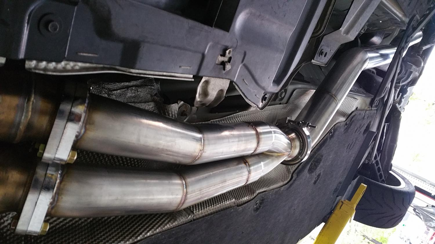 BMW 135i Race car - custom exhaust