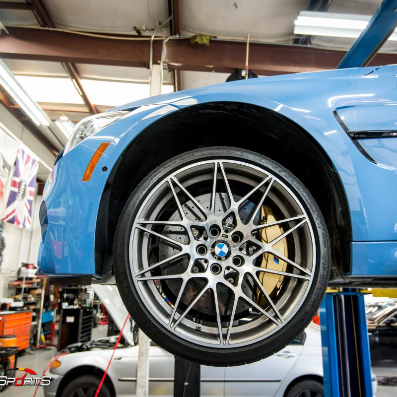 bmw m3 f80 in for akrapovic exhaust and carbon fiber bits, previously installed carbon fiber rearview mirror covers and now were installing carbon fibre diffuser, front splitters and front lip, marina blue m3 looks stunning!