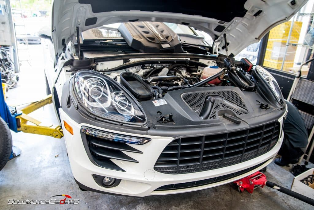 Porsche-Macan-S-H&R-Springs