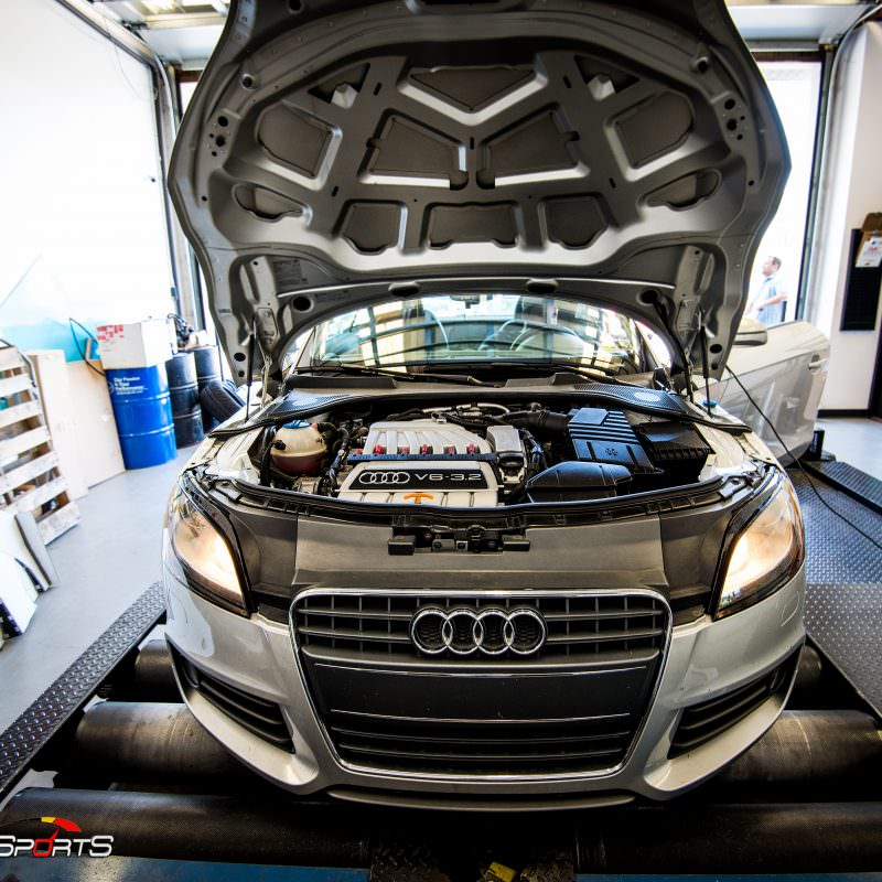 racecar audii tt quattro v6 vr6 wheels and tires suspension custom tune solo motorsports dyno 4point 6point race roll bar harness race harness rollcage sparco ttrs hotchkins raceready ttspec race spec