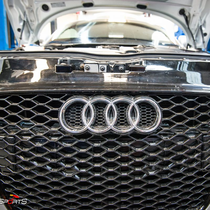 racecar audii tt quattro v6 vr6 wheels and tires suspension custom tune solo motorsports dyno 4point 6point race roll bar harness race harness rollcage sparco ttrs hotchkins raceready ttspec race spec mcs coilovers ground control camber plates track ready suspension race alignment