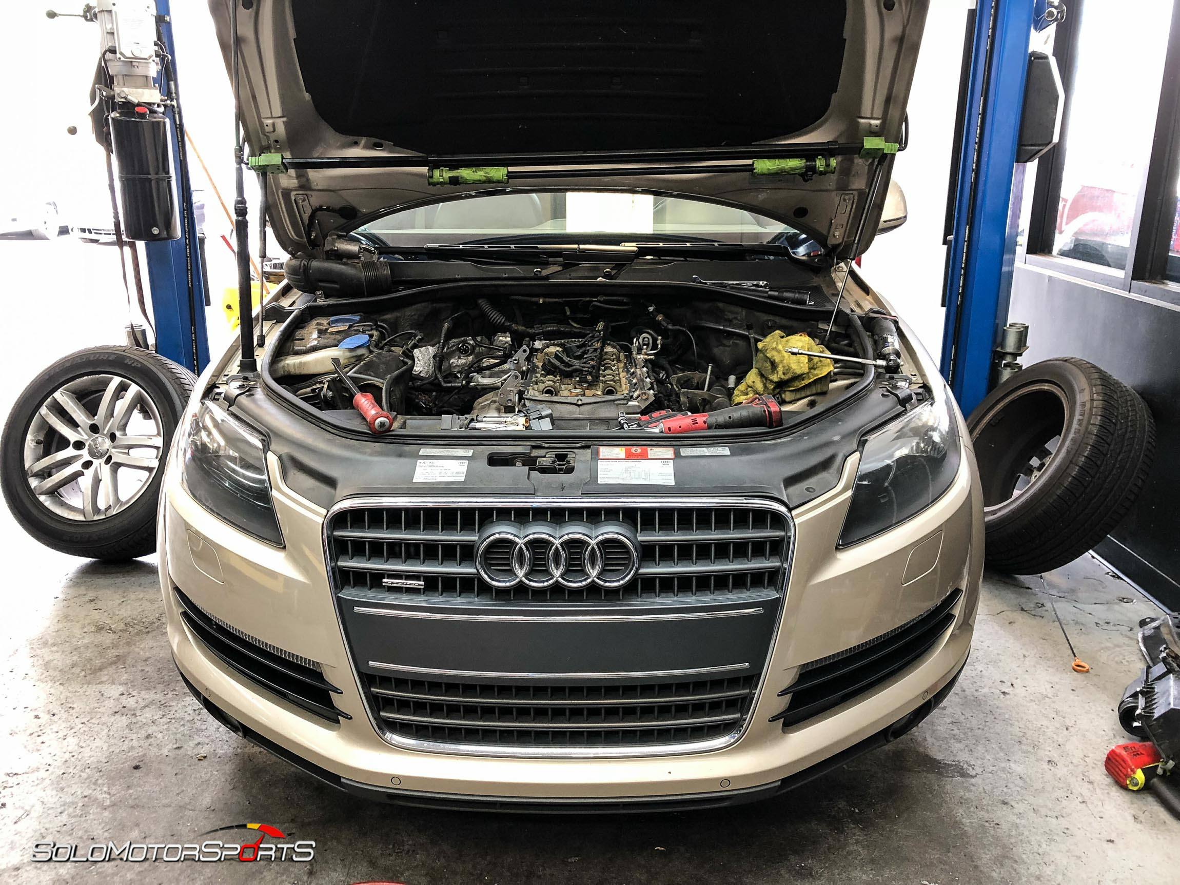 Audi Q7 In For Service Solo Motorsports