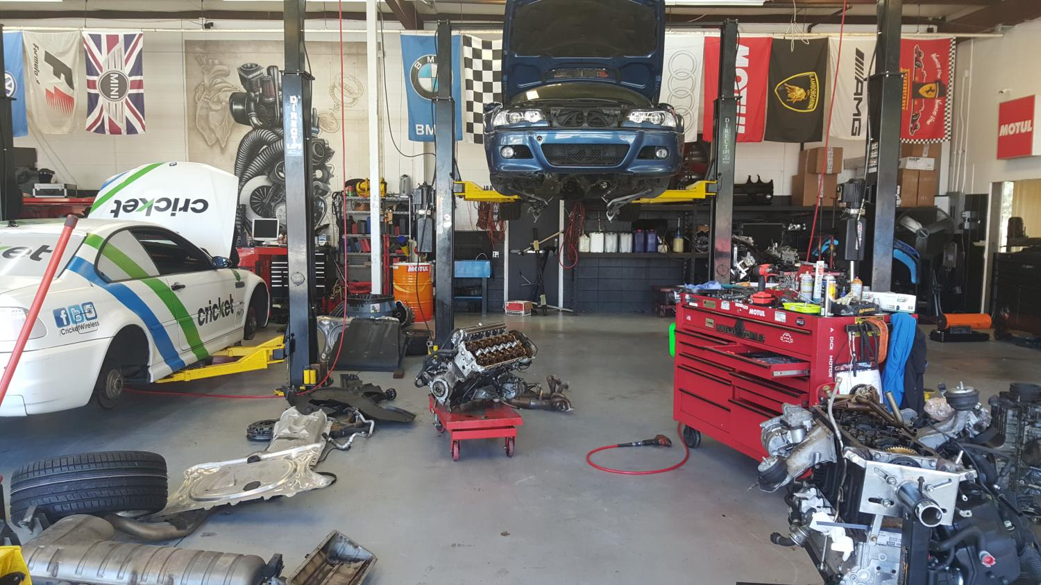 Busy Day At The Shop Solo Motorsports